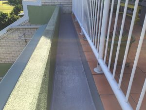 Planter box waterproofing